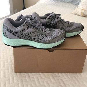 Saucony Cohesion Trail 12 size 8 M New with box